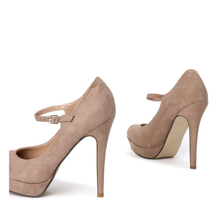 Beige pumps on a Hoeine heel - Shoes