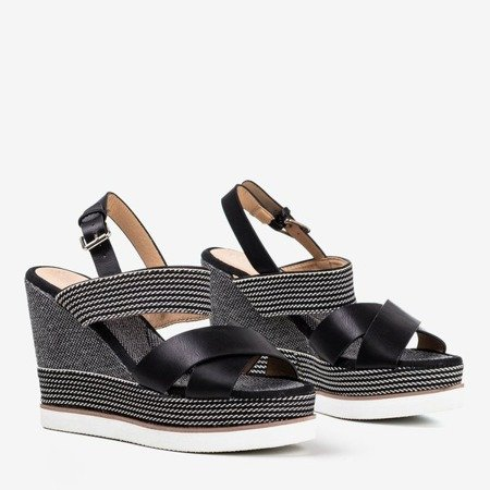 Black women's sandals decorated with strings 1