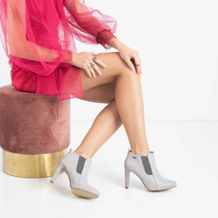 Gray women's boots on a stiletto Loretti - Footwear
