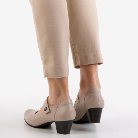 Ladies' beige pumps on a low post Romsska - Footwear