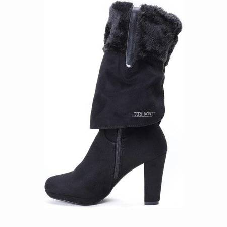 OUTLET Black boots on the May post - Footwear