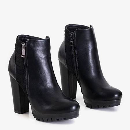 OUTLET Black women's boots on a post with a decorative zipper Santiago - Footwear