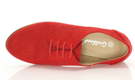 Red tied shoes from Milbenga - Footwear